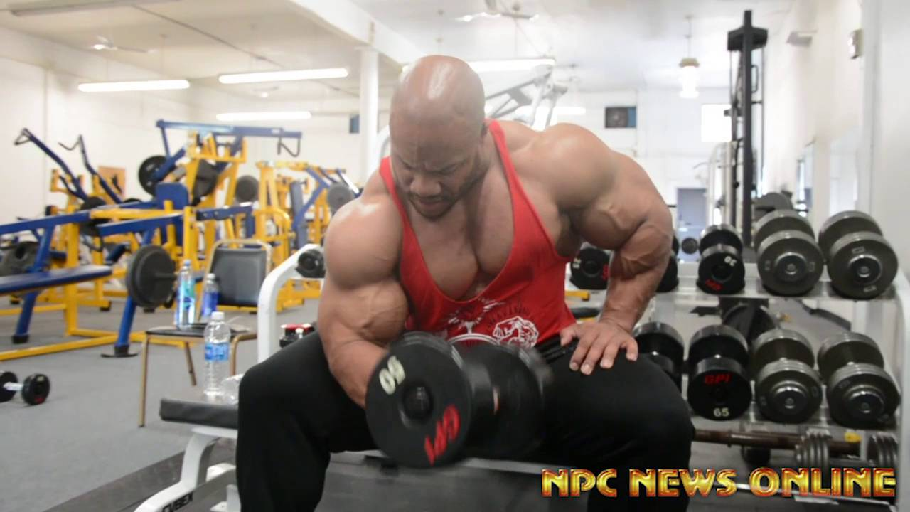5-Time Mr.Olympia Phil Heath Training Arms At The NPC Photo Gym - YouTube